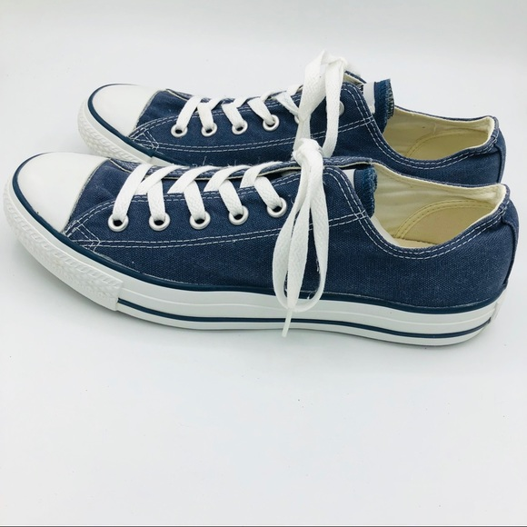 Converse Other - Navy Converse Classic Low Top Lace Up-Unisex-Navy